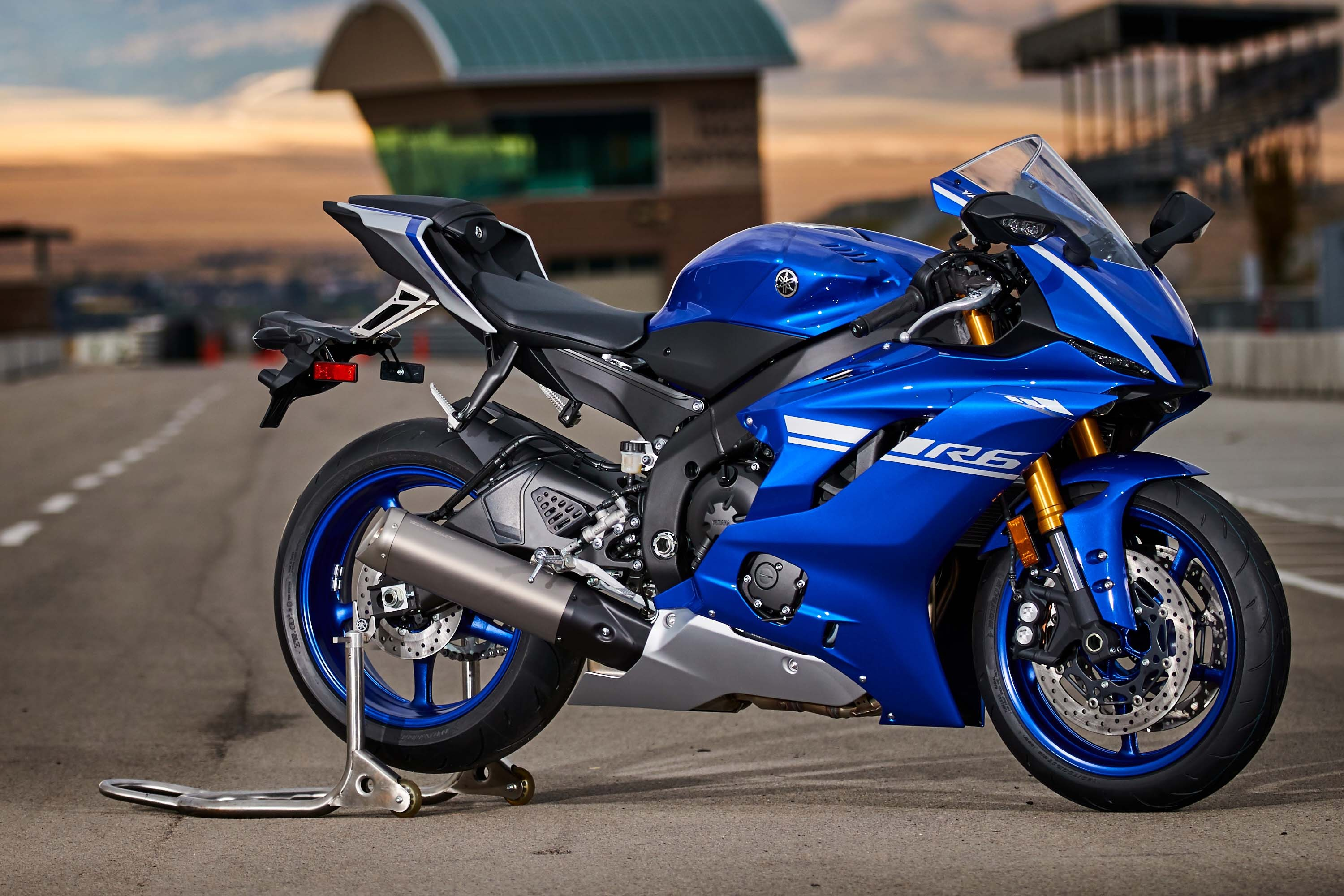 Yamaha r6 photo - 2