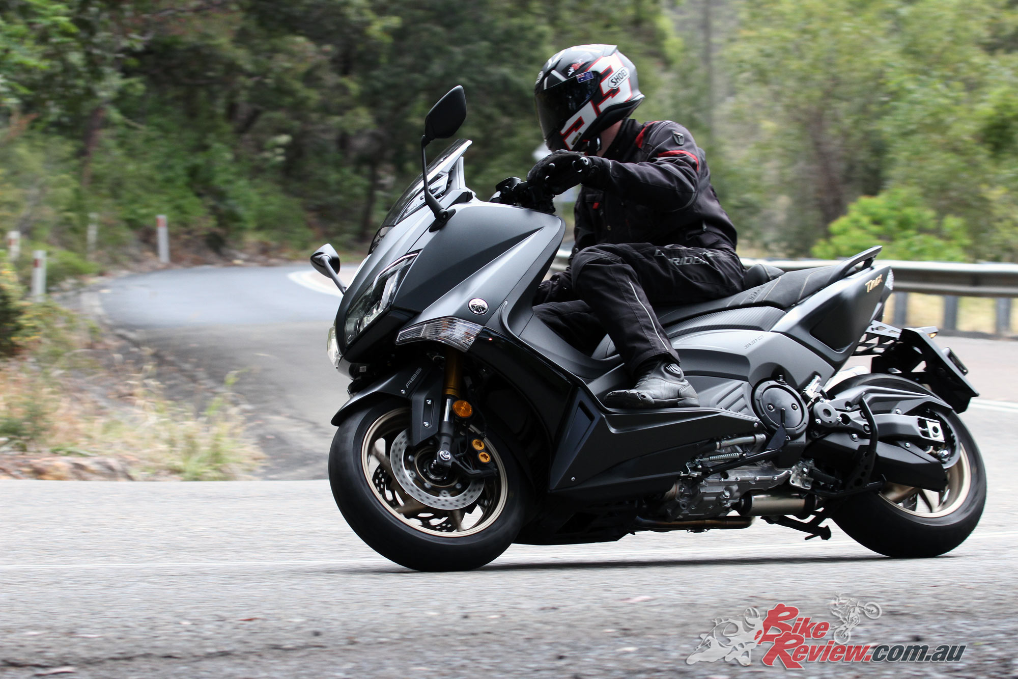 Yamaha t-max photo - 3