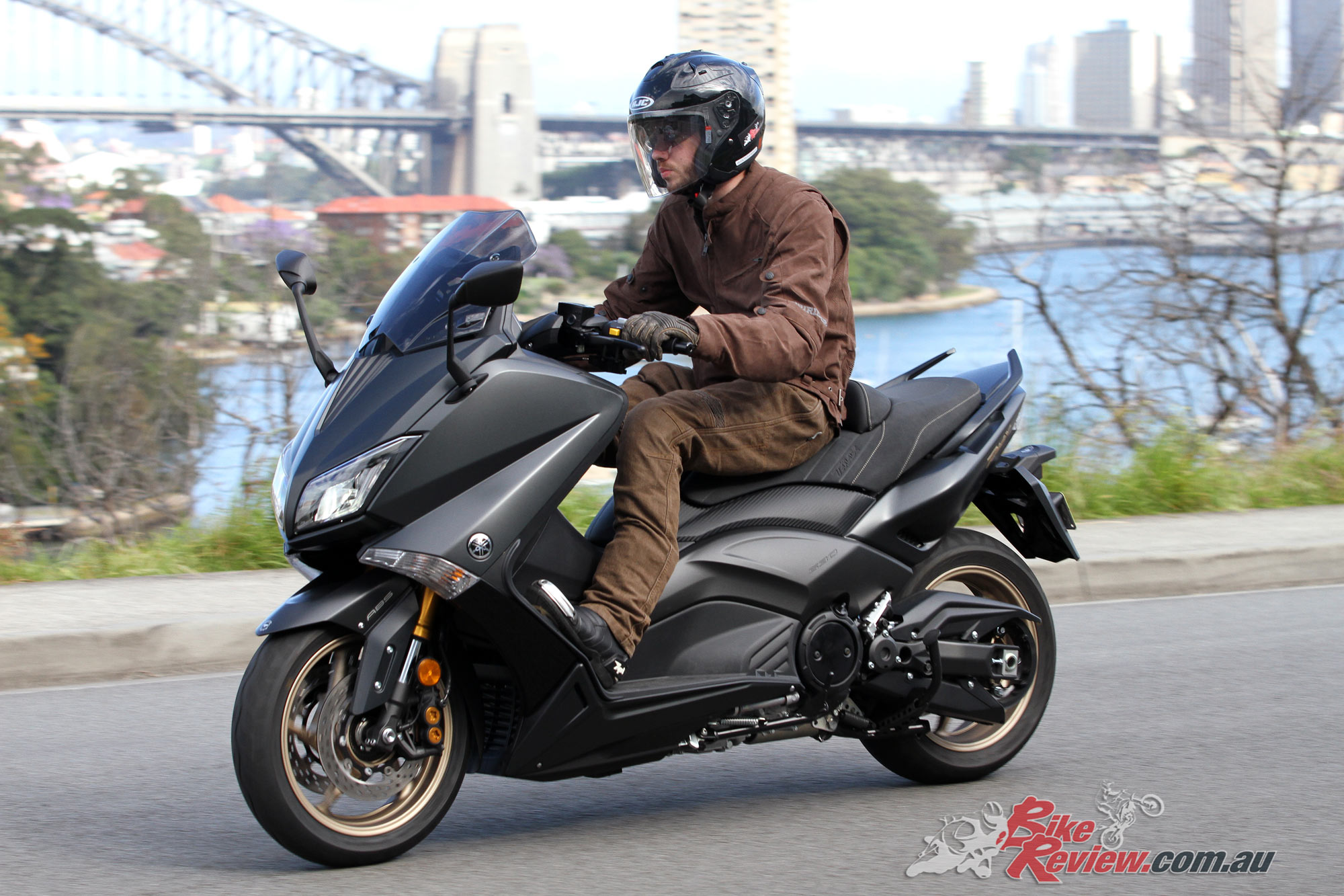 Yamaha t-max photo - 5