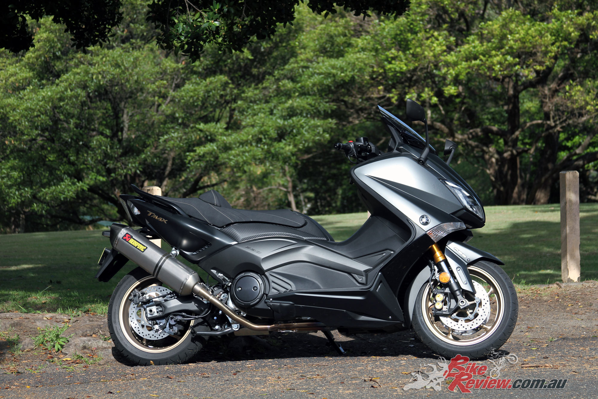 Yamaha tmax photo - 2