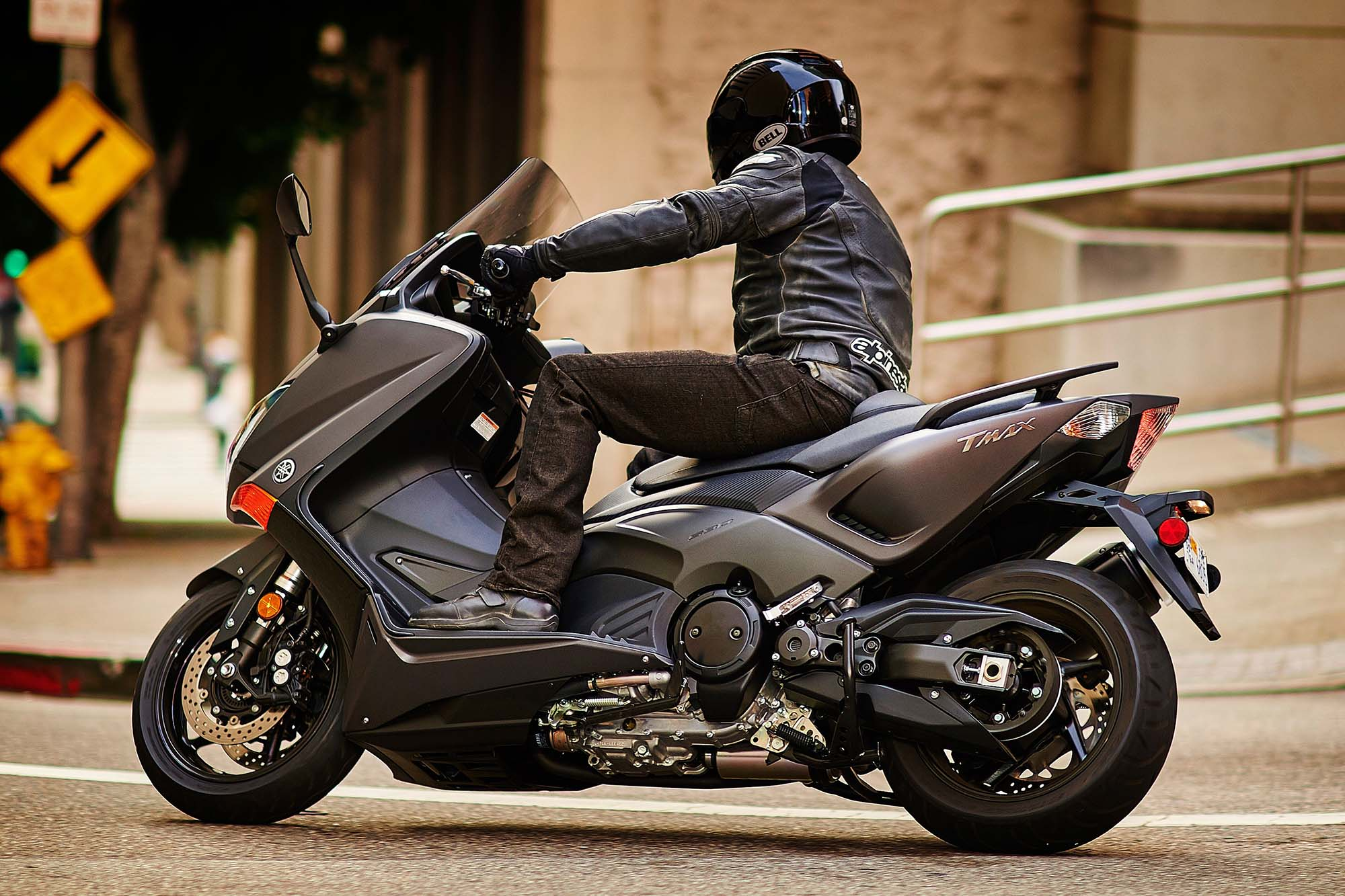 Yamaha tmax photo - 8