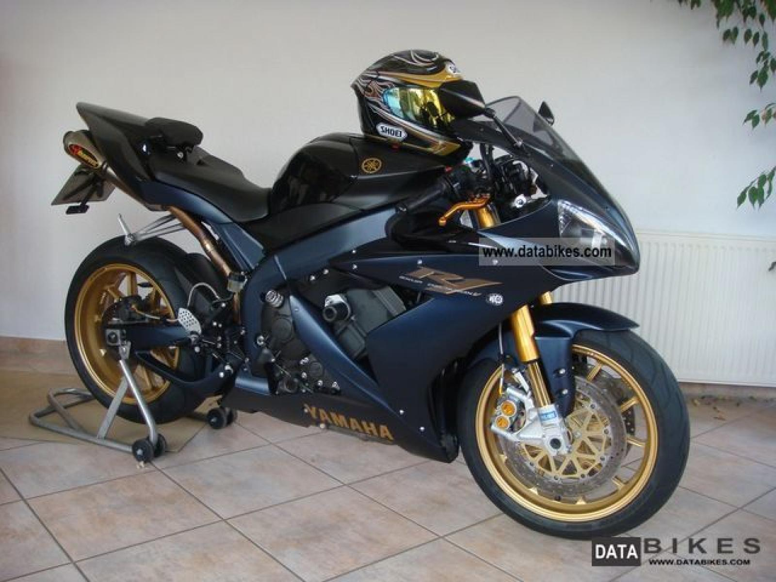 Yamaha yzf-r1sp photo - 6